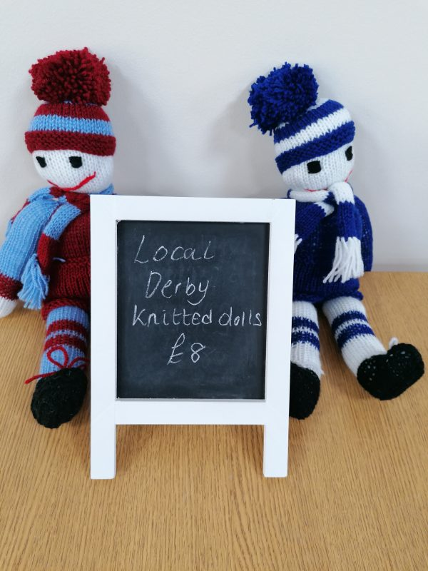 Knitted football mascots
